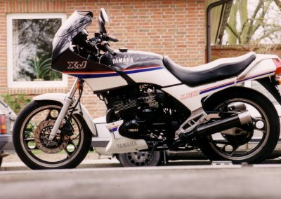XJ600